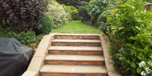 Garden maintenance, Kings Sutton