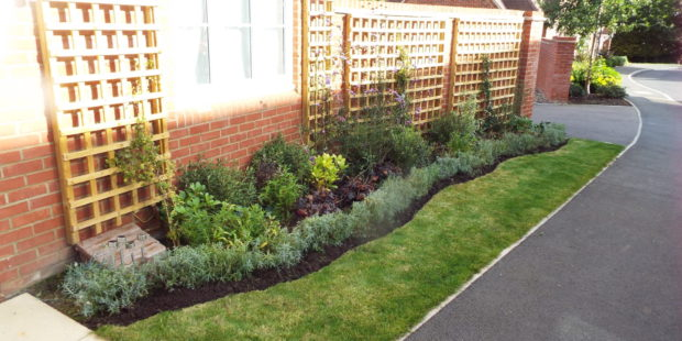 Front Gardens – Creating kerb appeal for Home sellers